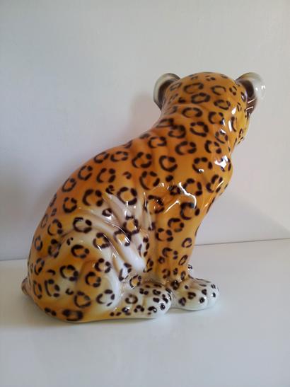 Porcelain Leopard Cub