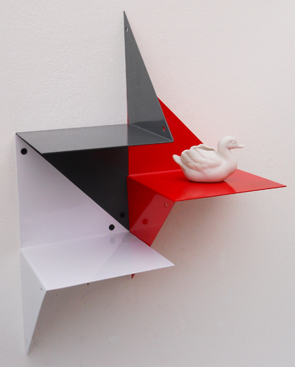 Tri-Shelves