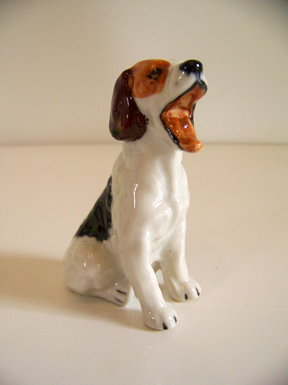 Royal Doulton Yawning Dog