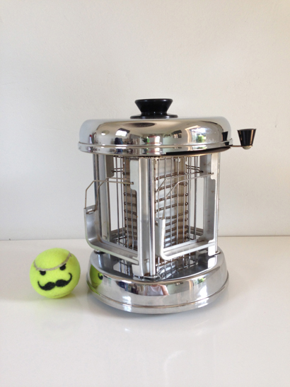 Pineware Swivel Toaster